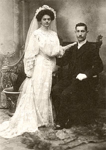 Wedding couple, 1899